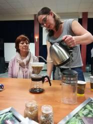 Bij filterkoffie giet je het water niet op de filter